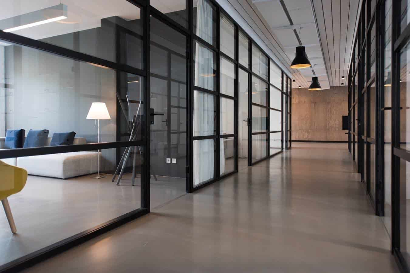 6 Essential Tenant Tips For Negotiating A Commercial Lease
